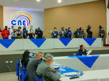 Mit Eingaben bei der Wahlbehörde will der drittplatzierte Pérez doch noch in die Stichwahl gelangen