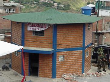 Lob für Barrio Adentro