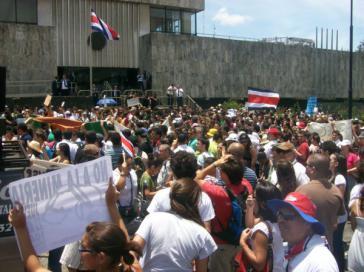 "Massenprotest am ""Tag der Erde"" in Costa Rica"
