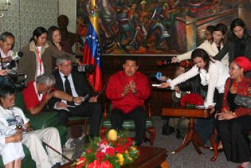 Chávez bietet Kolumbien Vermittlung an