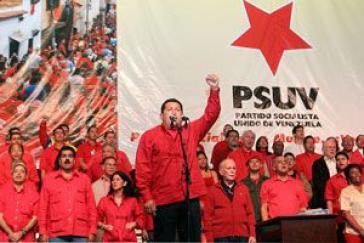 Erste nationale Versammlung der neuen Regierungspartei