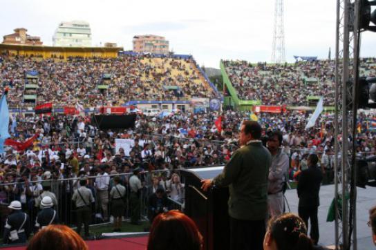 Abschluss des Klimagipfels der Völker im April in Cochabamba