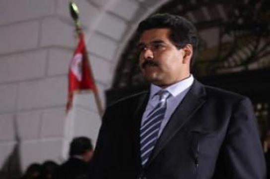 Klärt über Kriegsgefahr durch Kolumbien auf: Außenminister Nicolás Maduro