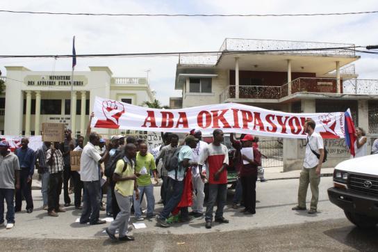 Protest vor dem Außenministerium in Port-au-Prince