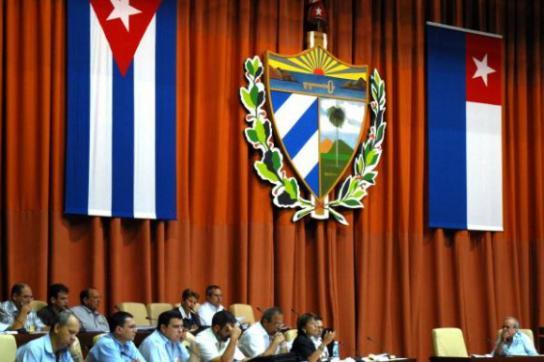 Sitzung der kubanischen Nationalversammlung in Havanna