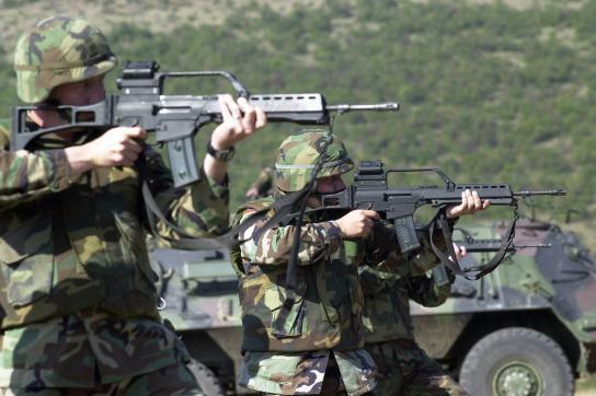 US-Soldaten mit G-36-Sturmgewehr