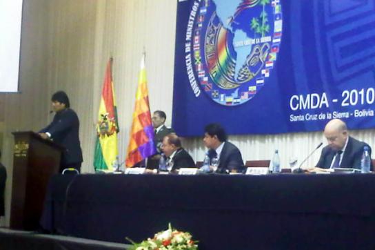 Morales am Rednerpult bei der OAS-Tagung