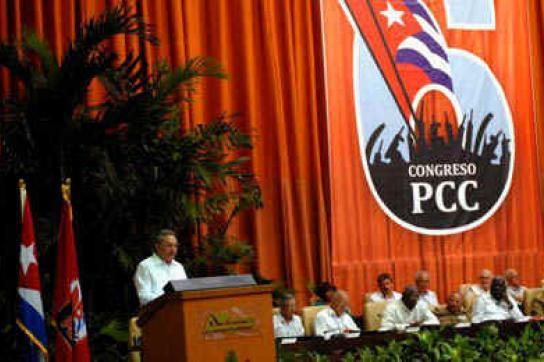 Raúl Castro zu Beginn des sechsten Parteitags der PCC