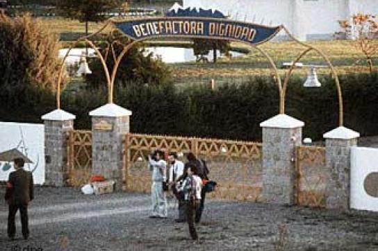 Eingang der inzwischen in Villa Baviera umbenannten Colonia Dignidad