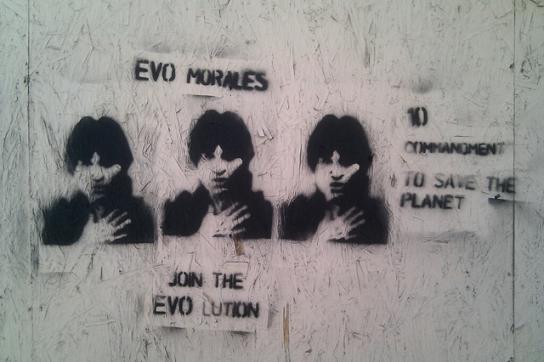 Findet weltweit Zuspruch: Evo Morales - hier auf einem Grafifito in Washington