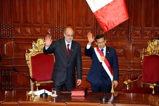 Parlamentspräsident Daniel Abugattás Majluf und Präsident Ollanta Humala
