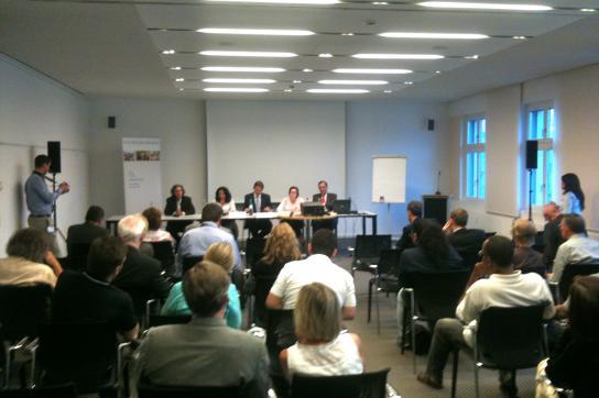 Podium der Kuba-Tagung der Naumann-Stiftung