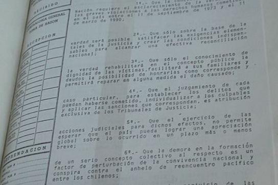 Dekret, mit dem die Wahrheitskommission in Chile gegründet wurde