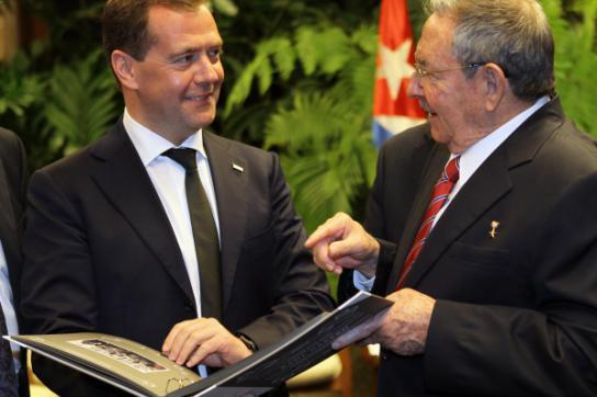 Raul Castro und Dmitri Medwejew bei Verhandlungen im Februar in Havanna