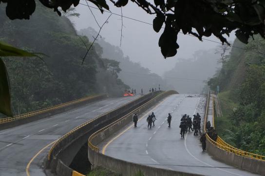 An zahlreichen Punkten in Kolumbien wurden Straßen blockiert