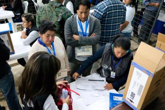 Wahlen in Ecuador: Beobachter lobten den Ablauf