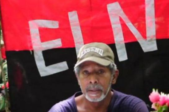 Odín Sánchez, hier noch in der Hand der ELN in Kolumbien
