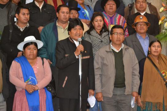 Präsident von Bolivien, Evo Morales, und Vertreter sozialer Bewegungen bei der A