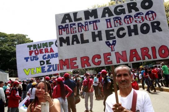 Proteste in Caracas gegen die Einmischung der OAS in Venezuela