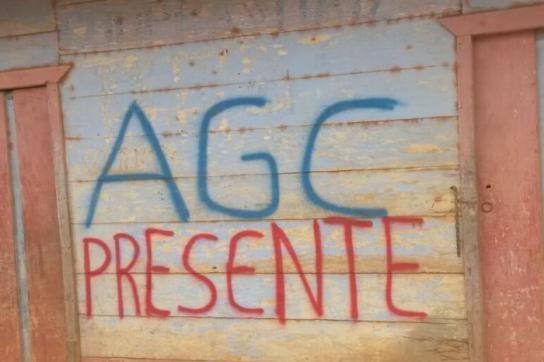 Graffiti als Warnung der neuen Paramilitärs in Kolumbien