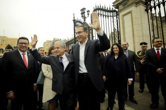 Ministerpräsident Villanueva und Präsident Vizcarra