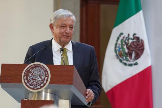 Präsident López Obrador am Rednerpult
