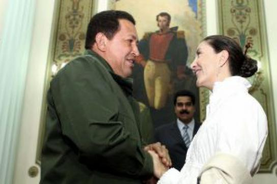 Betancourt besucht Chávez und dankt ihm