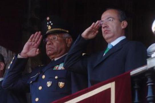 Calderón rüstet auf