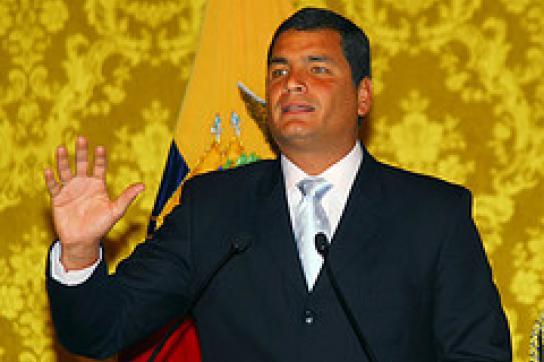 Correa entlässt Militärführung