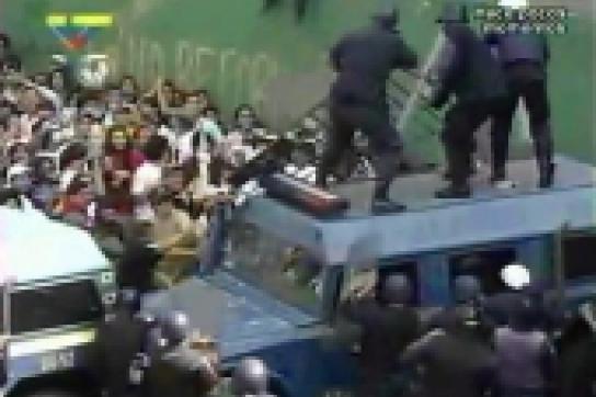 Ausschreitungen bei Protesten der Opposition